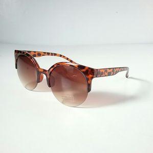 Accessories - Animal Print Boutique Sunglasses